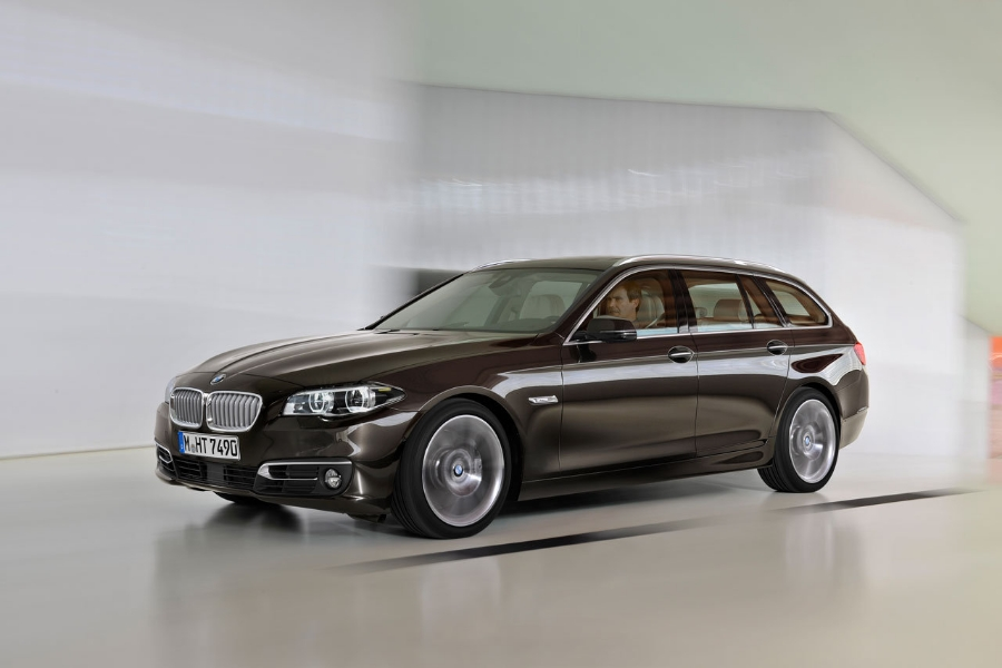 bmw-serie-5-touring-restyling-2013-0