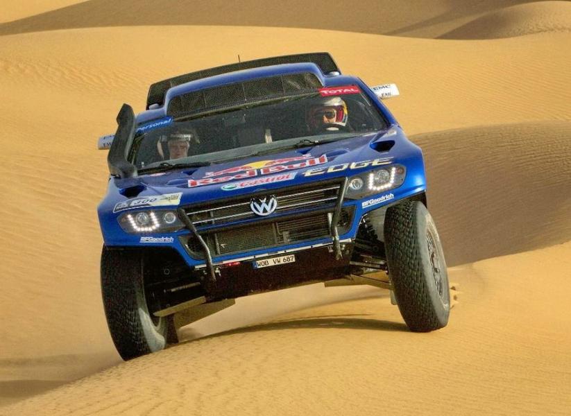 1-volkswagen-race-touareg-3